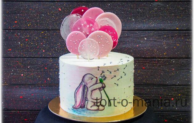 Торт «Заинька» с леденцами и рисунком по крему
