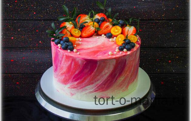 Торт Акварельные мазки и ягоды